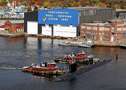 USS New Hampshire arrives at the shipyard for its official commissioning.